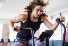 Right Workout Gear For Men and Women